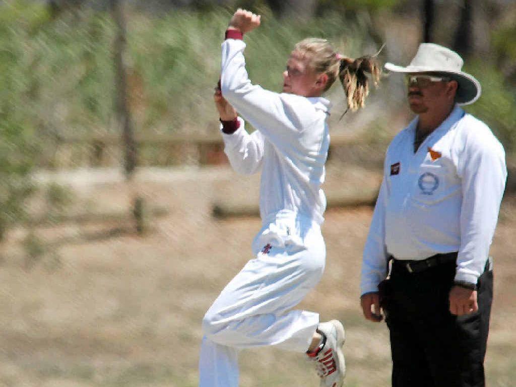 QUEENSLAND QUICK: Murgon's Courtney Sippel goes through her spell during the U12 National Schoolgirls Cricket Championships in Bendigo.