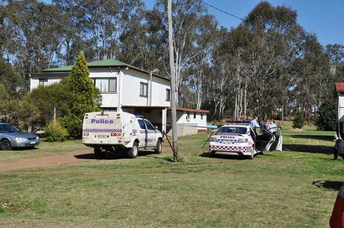 Balloons mask the horror which unfolded at the Fitzroy St party where a 37-year-old was stabbed by a 38-year-old Nanango man. Photo: Clive Lowe / South Burnett Times