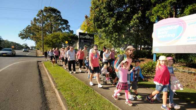 the start of the 2014 Life line Walk the Walk at Goonellabah on Saturday. Photo Doug Eaton / The Northern Star