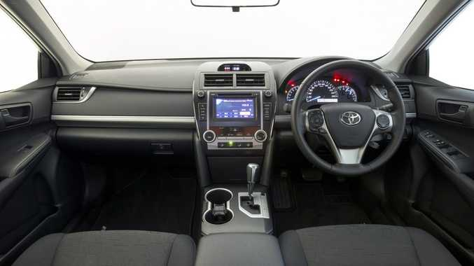 Toyota and Panasonic are working a cloud-based in-car system to monitor and operate home appliances.