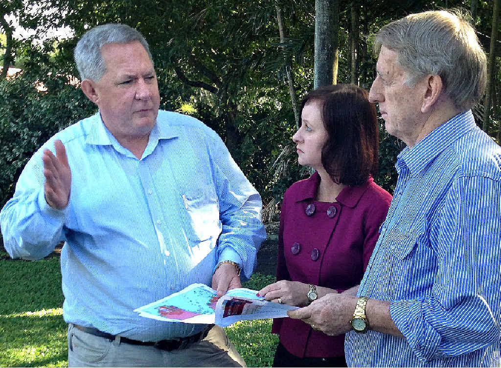 Member for Mackay Tim Mulherin (left) meets with Shadow Education Minister Yvette D'Ath and ALP candidate for Mirani Jim Pearce.
