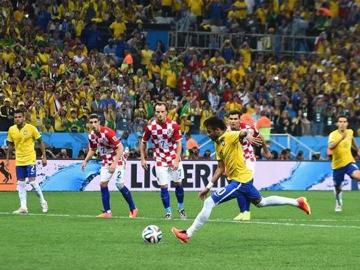 Goal to Brazil in the dying minutes put them out of Croatia's striking distance.
