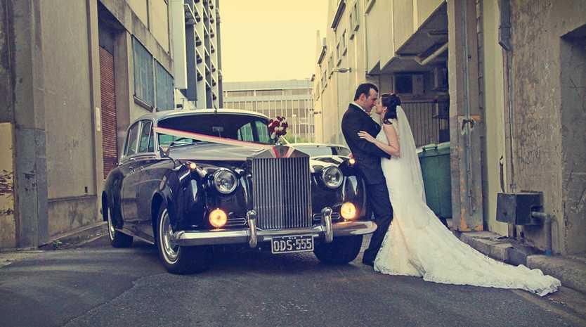 Matt and Kate Le Lacheur married on September 14, 2013. Photo: DMK Photography. Vehicle: Rockhampton Luxury Limousines