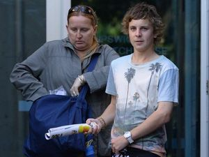 Teen gets bail after mall knife attack