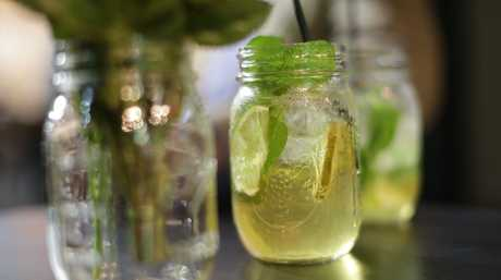Old Timer cocktail