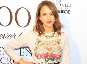 Jessica Alba uses popcorn to concentrate