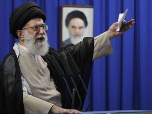 Iran warns US over Iraq intervention