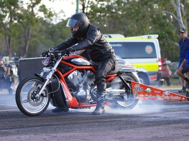 Scott Fulloon's 2006 Harley Davidson V-Rod Destroyer.