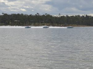 Lake Dyer, Atkinson stay off limits due to blue green algae