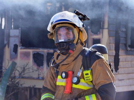 House fire in Mudjimba. Photo: John McCutcheon / Sunshine Coast Daily