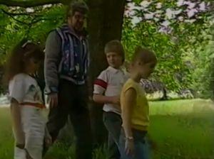 Rolf Harris talks child safety in 1985 video