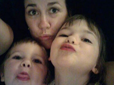 VALE: Kirsty Mae Mooney and her children Amelia Grace and Haydan Bobbi.