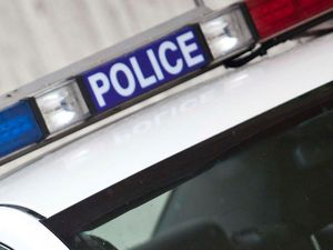 Car thieves ram police vehicles in Brisbane to Goodna chase