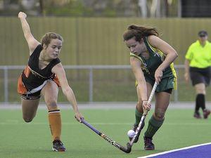 Women's hockey: Meteors vs Sparks on July 5