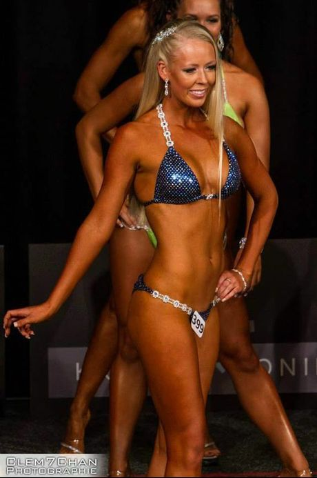 GIRL FRIDAY: Tannum Sands resident Kershur Mills started competing in fitness modelling competitions this year.