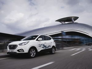 Hyundai i35 Fuel Cell Australian trial on the cards
