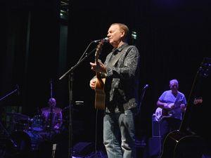 Mackay singing legend opens fest in fine style
