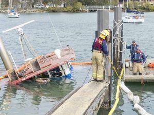 "Yamba trawler ""Kathryn-L"" sinks in boatharbour"