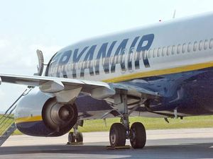 Ryanair flight grounded after bomb scare