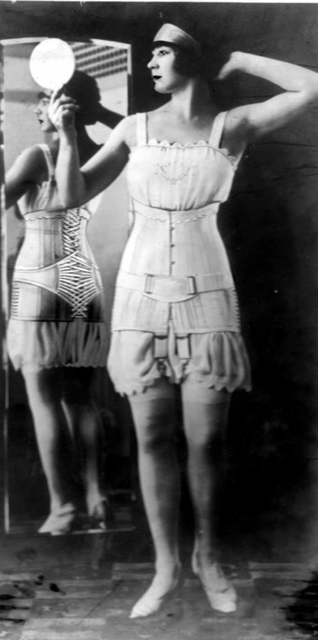 Sarah Jenyns designed corsetry for all women.