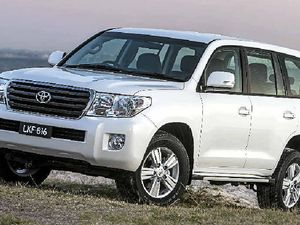 Toyota LandCruiser Altitude has lofty features list