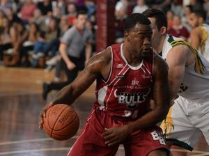 A second splits Bulls and Force