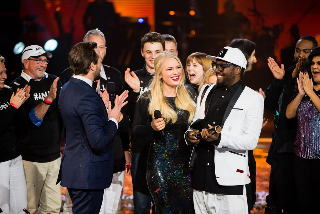 The Voice Australia winner Anja Nissen with coach will.i.am.