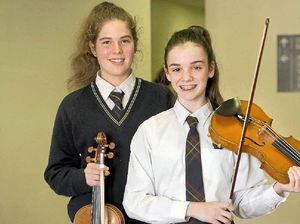 Applause for string soloists from Eisteddfod adjudicator