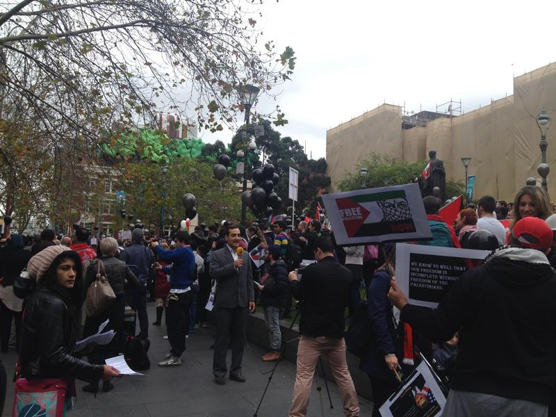 AUSTRALIA, Melbourne: Thousands of protesters gather at the State Library at 1pm on July 26, 2014 for the third consecutive week in Melbourne to protest rising death tolls in Gaza.