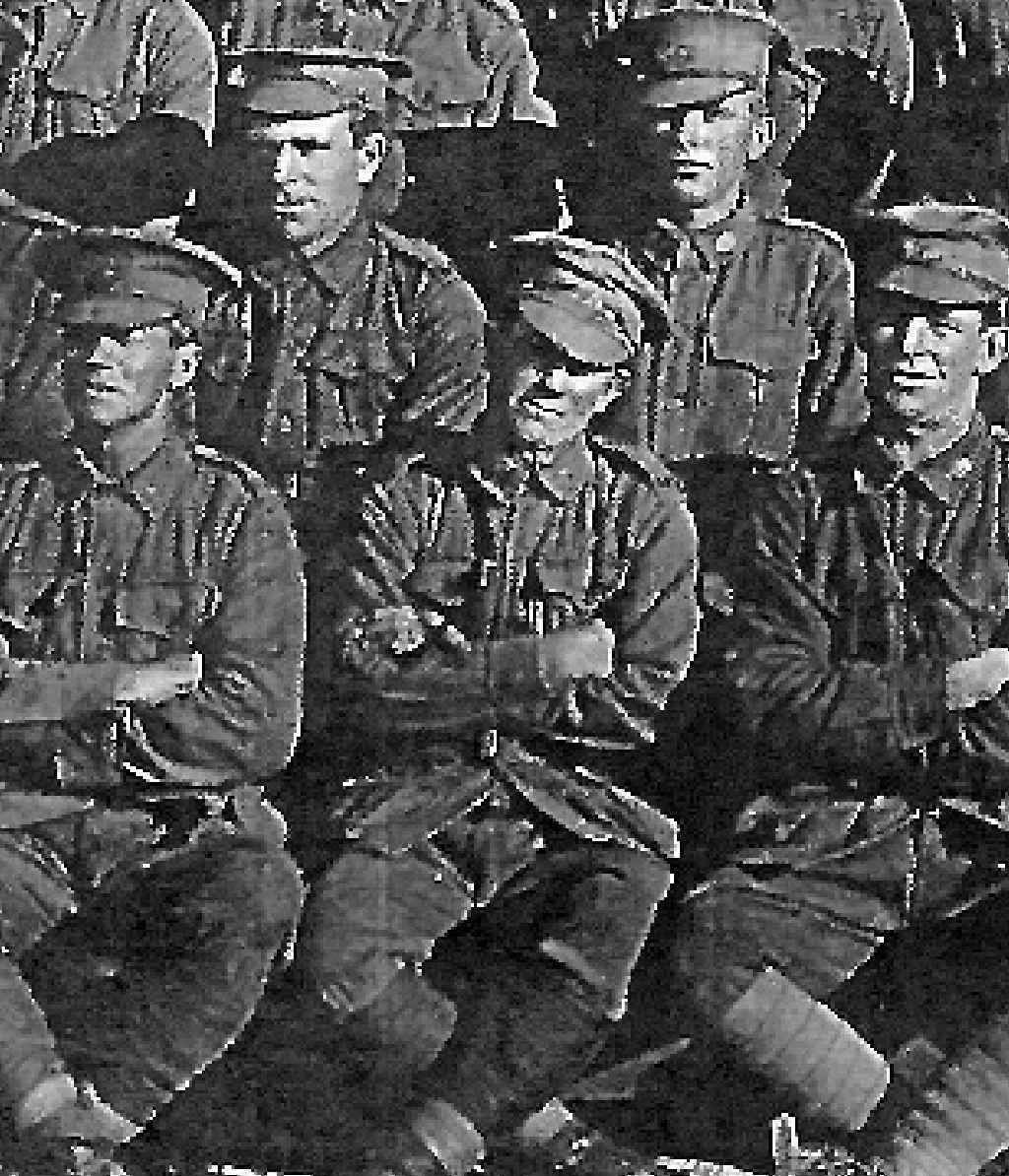 VALIANT SOLDIER: Thomas Laity Morgan (centre) was believed to be the last surviving First World War soldier in Gladstone. He died in 1990.