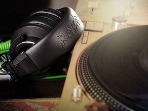 Razer pumps out a pretty sharp set of headphones