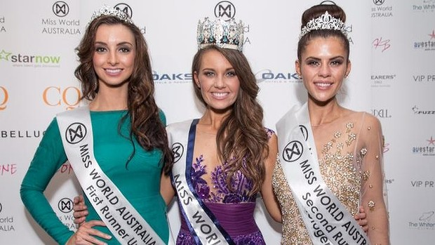 Miss World Australia 2014 Courtney Thorpe (centre) with the runners up. Photo: Supplied