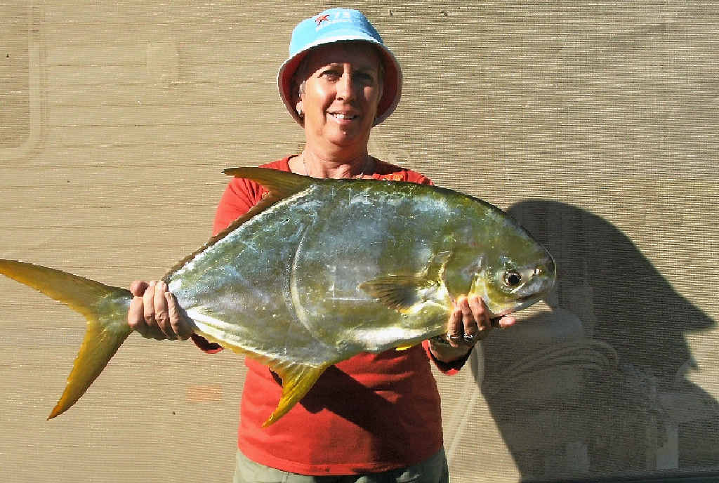 Nise Clow with an amazing oyster cracker which tipped the scales at 5.2kg.