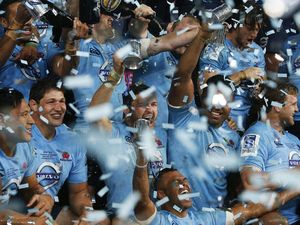 Waratahs snatch Super Rugby championship in final minute