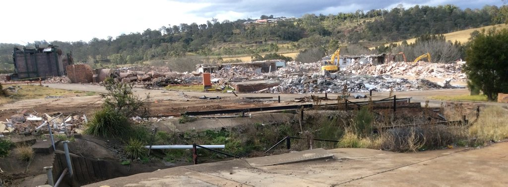 Demolition of KR Castlemaine factory on Mort St in 2014. The proposed site of the Northgate Vista masterplanned community can be seen in the background.