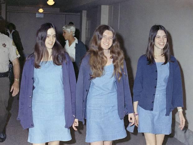 Patricia Krenwinkel (centre) arriving at court back in 1969.