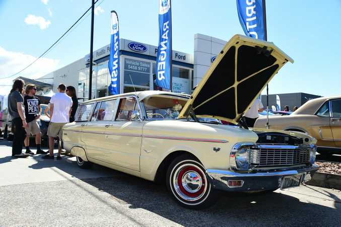 HAPPY TRAVELS: Ford Falcon Wagon.