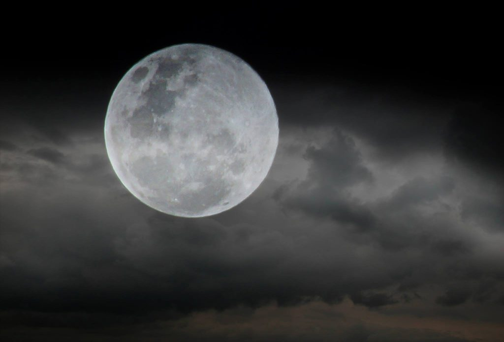Christine Lowrie's super moon photo taken in Bundaberg. Photo Contributed