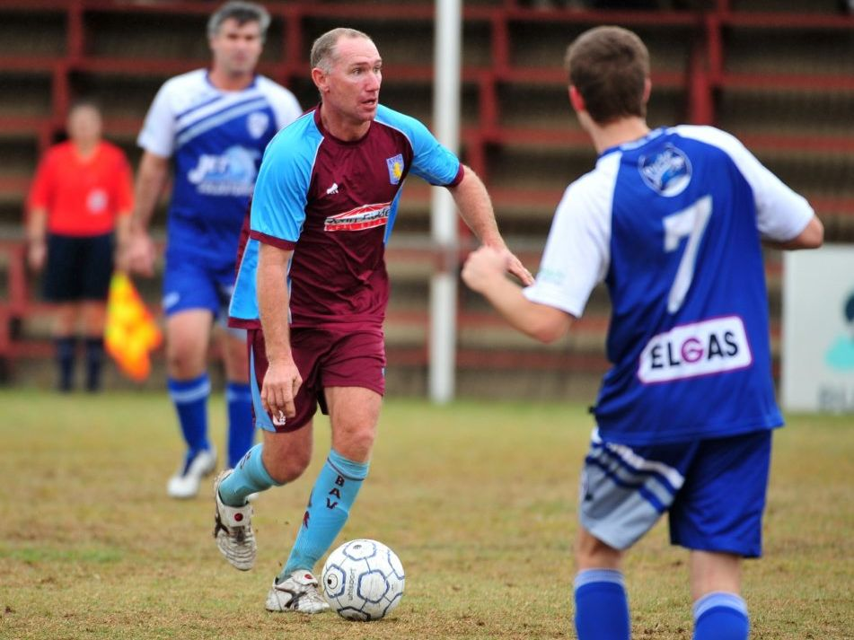 BAV v ALLOWAY: Brothers Aston Villa's Peter Bock playing against Alloway at Martens Oval on 16 August, 2014. Photo: Max Fleet / NewsMail