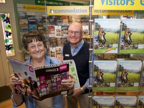 Yvonne Voorthuizen and Rod Ford are friendly volunteers at the Toowoomba Information Centre.