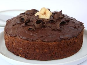 Annette Sym bakes the low fat way: Chocolate banana cake