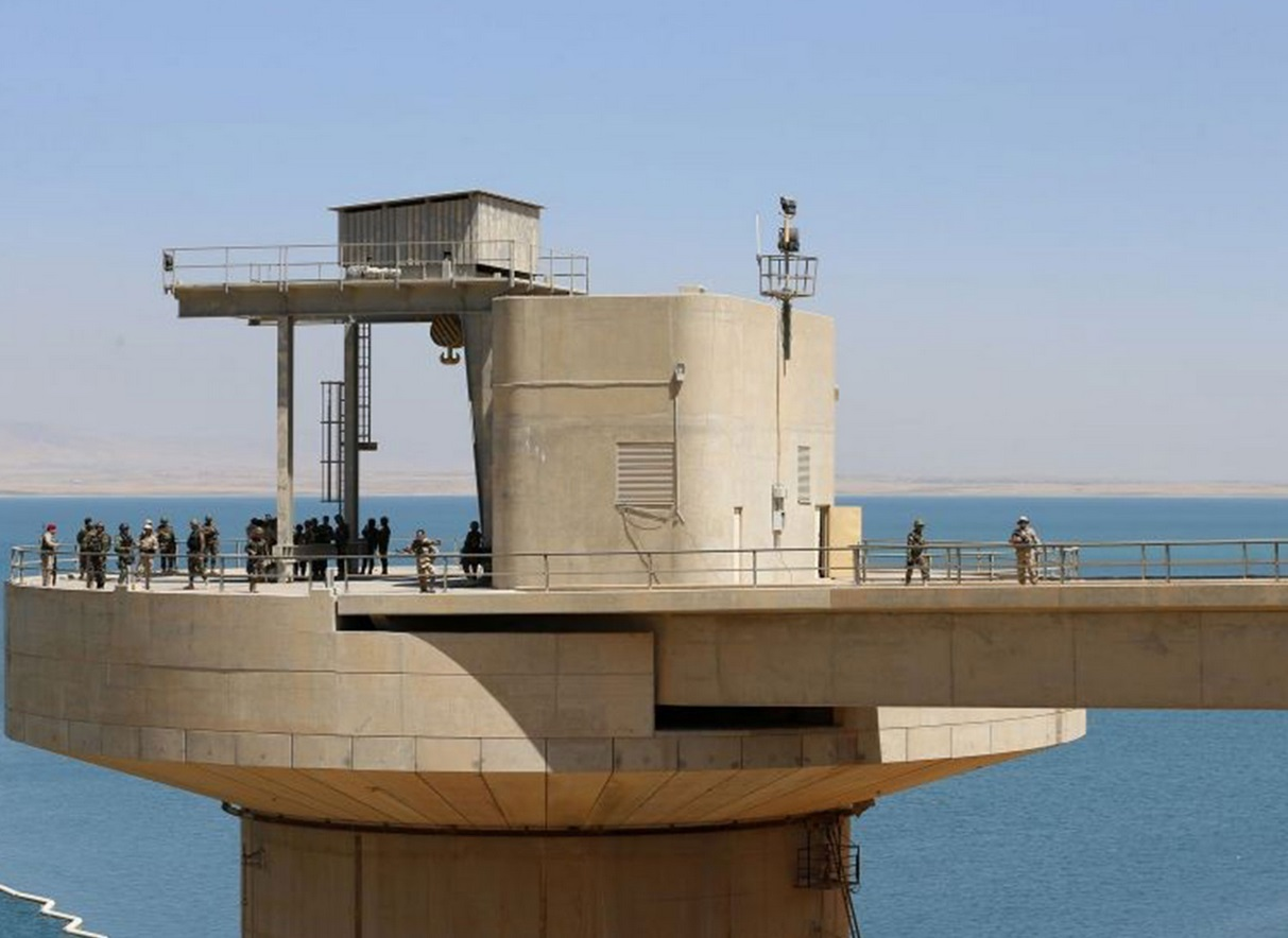 Peshmerga fighters guarding Mosul dam; the US provided air cover for Kurdish and Iraqi forces in the area