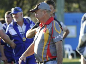 Comets hit top speed to re-sign head coach for 2015 season