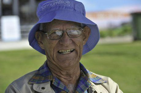 Tannum Sands resident Errol Mattingley. Photo Mike Richards / The Observer