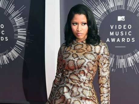 Nicki Minaj hits the red carpet at the MTV 2014 Video Music Awards