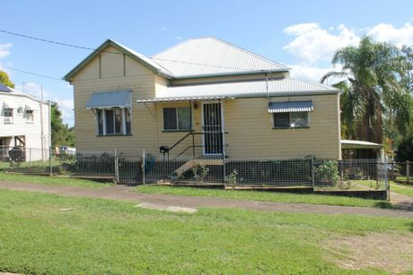 ARGAIN: 78 Woodend Rd, Woodend, sold for $290,000 after one week on the market with Action Realty.