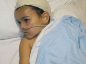 'Time running out' for snatched brain tumour boy
