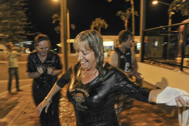Ice Bucket Challenge Queens Hotel 29 August, 2014. Photo Mike Richards / The Observer