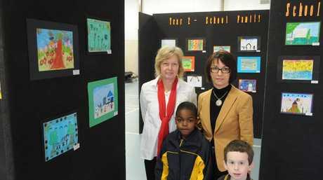 Holy Name Primary School Art Show (from Left)Maryika Welter, Kundai Burekeni, Kathy Bliss, Aiden Berthelson Photo Nick Houghton / The Chronicle