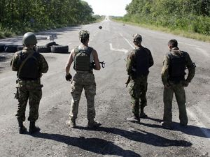 Ceasefire begins in Ukraine after 2000 killed